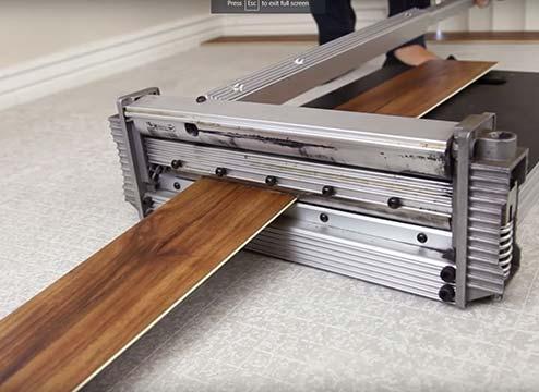 tile cutter for cutting vinyl flooring