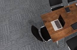 J&J Flooring Outfitter Carpet Plank