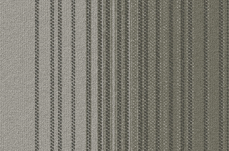 Fluid Carpet Tile - Alloy