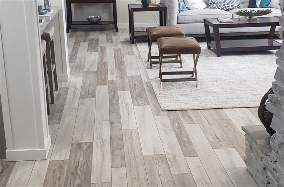 13mm Tuffcore Estate WaterResist Laminate - White Marsh Oak