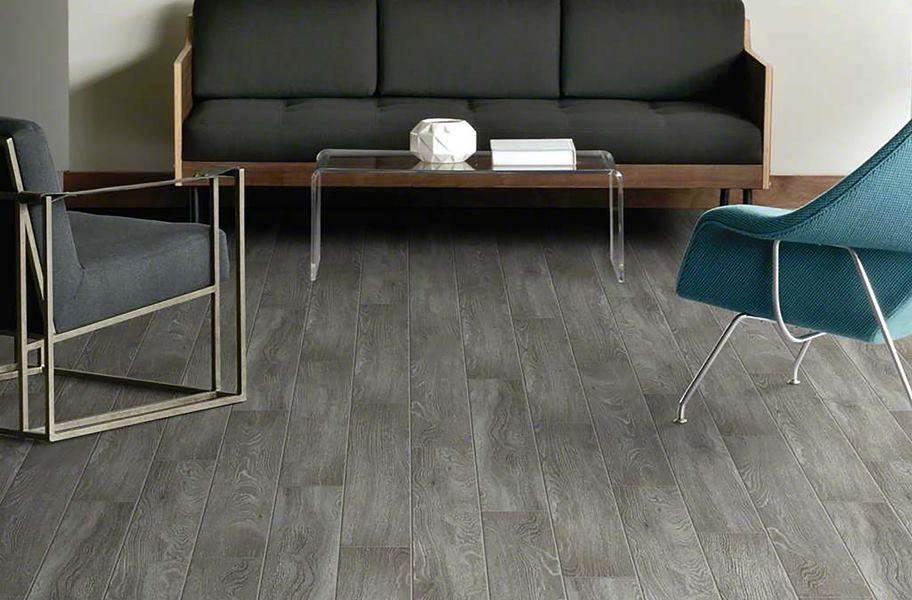 Shaw Uptown Now Plus Waterproof Plank - King Street