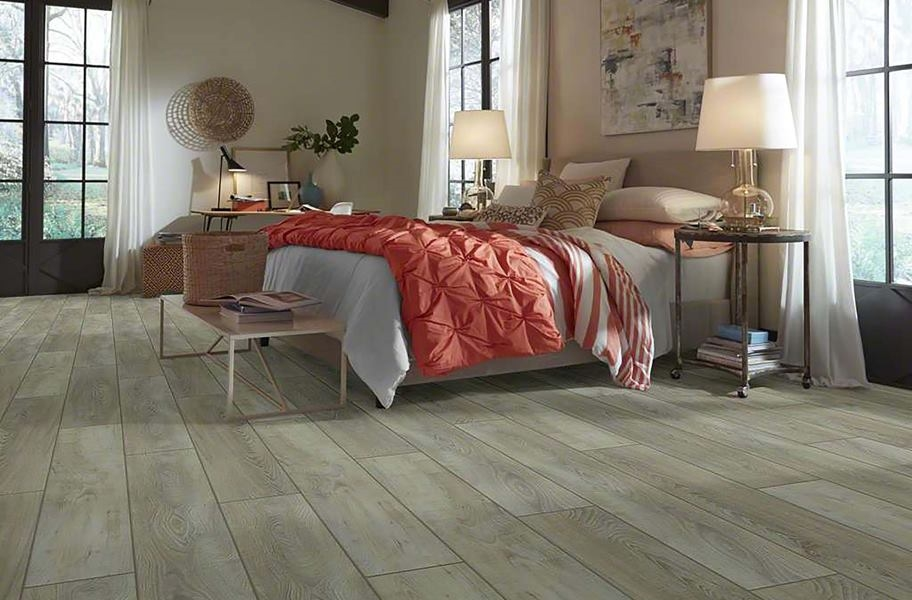 Shaw Pantheon HD Plus Waterproof Plank - Saggio