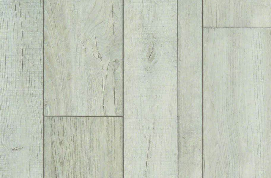 Shaw Pantheon HD Plus Waterproof Plank - Foresta