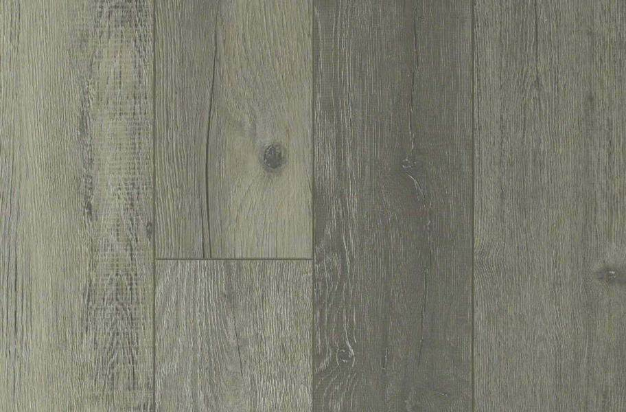 Shaw Messina HD Plus Waterproof Plank - Vento Oak
