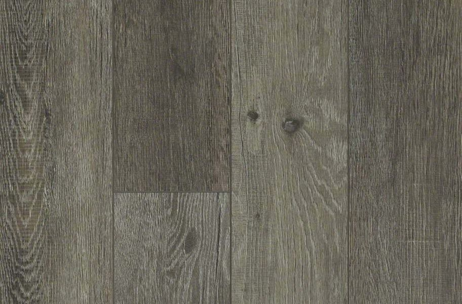 Shaw Messina HD Plus Waterproof Plank - Ebano Oak