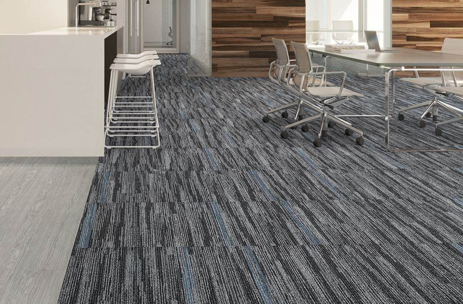 Mannington Outline Carpet Tile