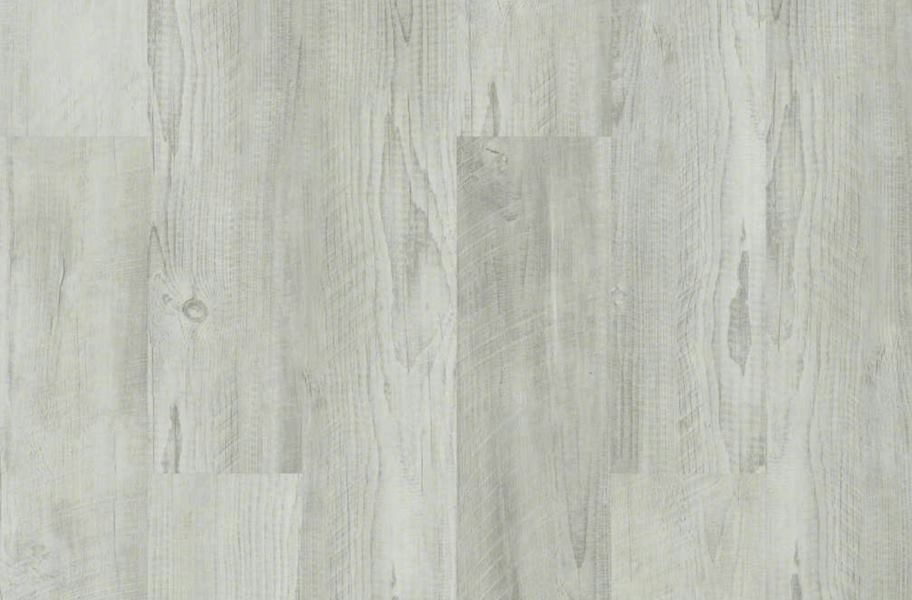 Shaw Cross Sawn Pine HD Plus Rigid Core - Distressed Pine