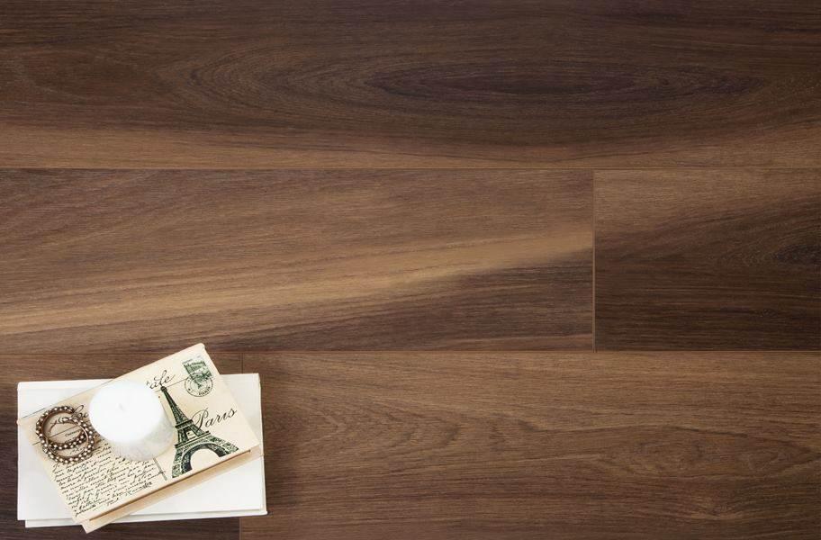 Shaw Cathedral Oak HD Plus Rigid Core Vinyl Planks - Ravine Oak