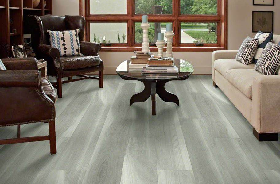 Shaw Cathedral Oak HD Plus Rigid Core Vinyl Planks - Misty Oak