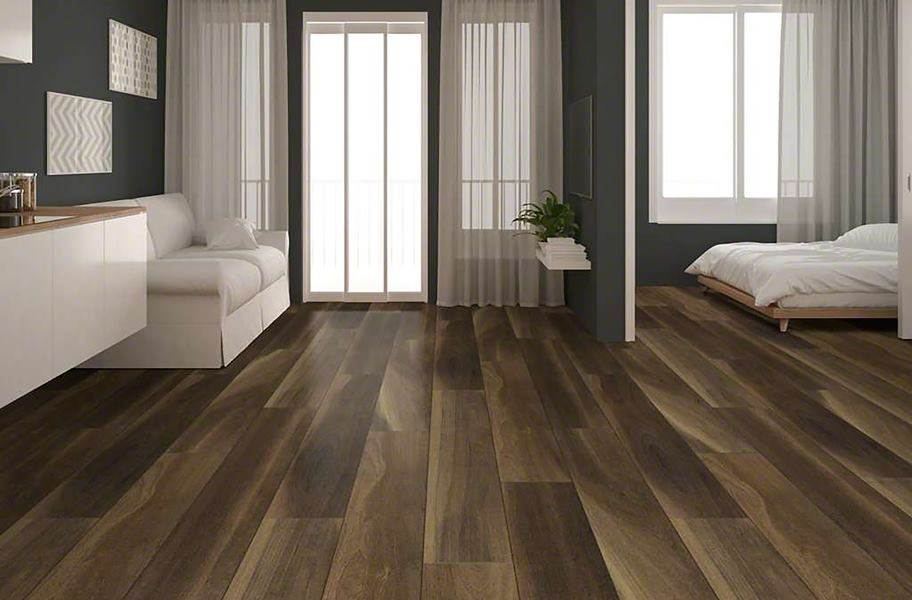 Shaw Cathedral Oak HD Plus Rigid Core Vinyl Planks - Ravine Oak