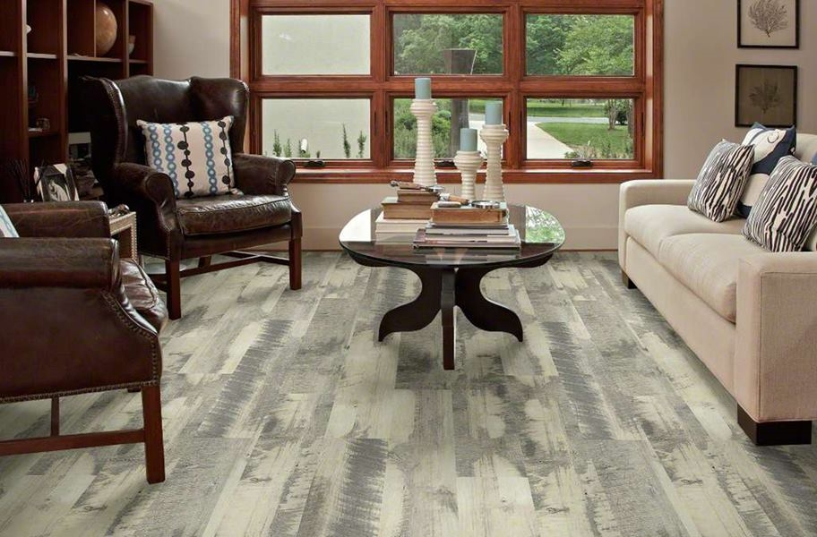"Shaw Endura 512C Plus 7"" Rigid Core Vinyl Planks - Ginger Oak"