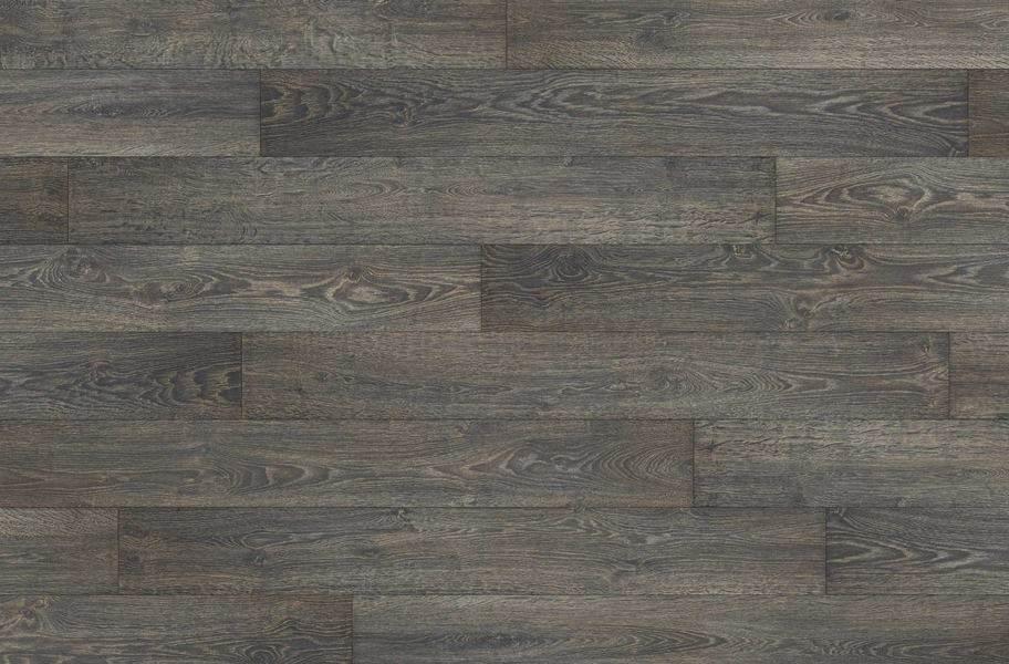 12mm Black Forest Oak Waterproof Laminate - Fumed