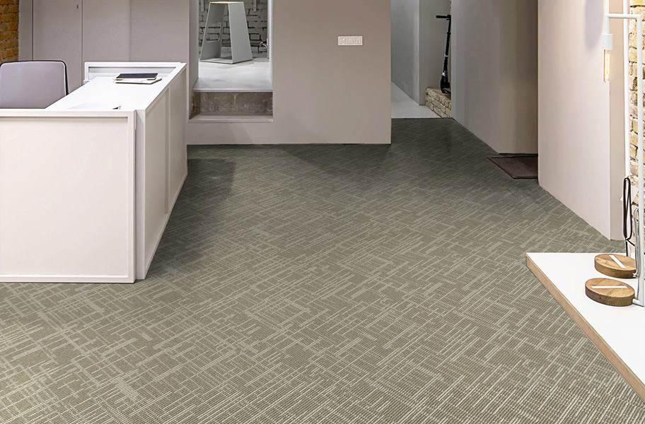 Phenix Focal Point Carpet Tile