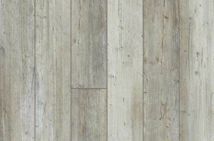 "Shaw Paragon Plus 5"" Rigid Core Vinyl Planks - Distinct Pine"
