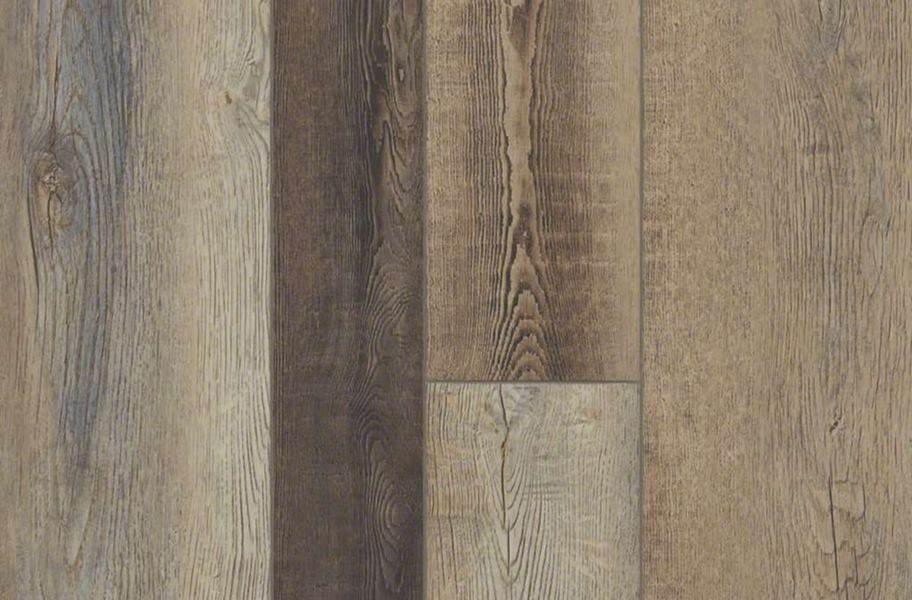 Shaw Paragon Plus Mix Rigid Core Vinyl Planks - Brush Oak