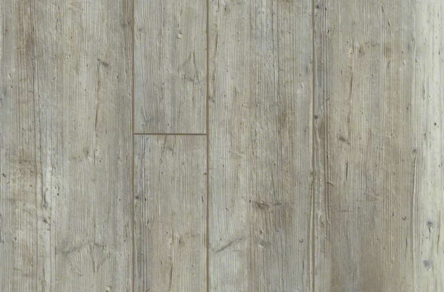 Shaw Paragon Plus Mix Rigid Core Vinyl Planks - Distinct Pine