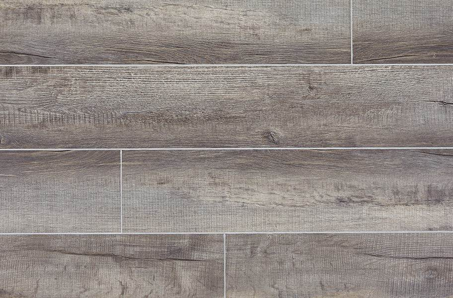 "Dixie Home 9"" XL Waterproof Vinyl Plank - Country Oak"