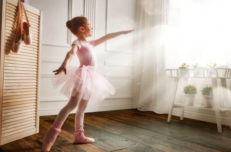 Johnson Hardwood Toscana Hickory Engineered Wood - Volterra