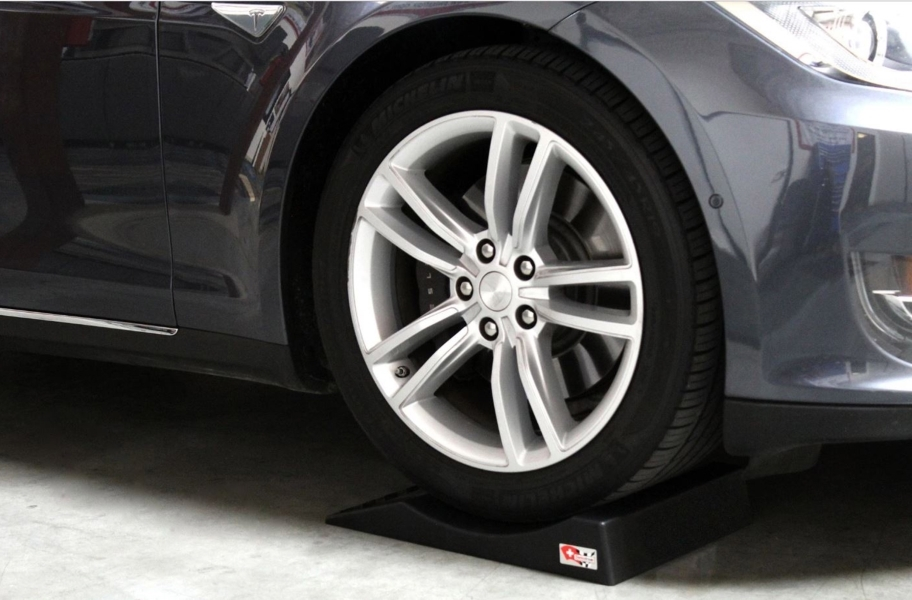 Swisstrax Park Right Tire Saver 4-Pack