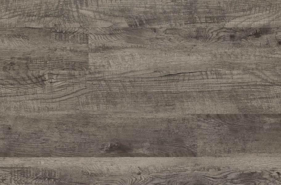 Mohawk Batavia II Luxury Vinyl Planks - Peppercorn