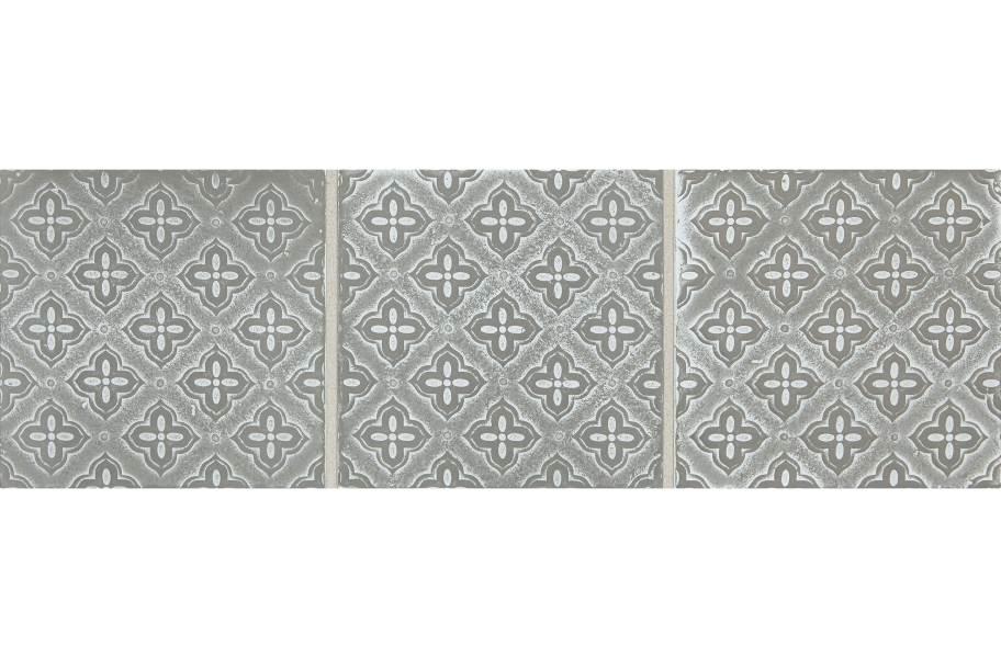 Daltile Vintage Metals - Whitewash Titanium Flower