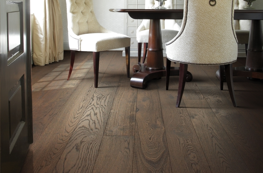 Shaw Castlewood Oak Engineered Wood - Arrow