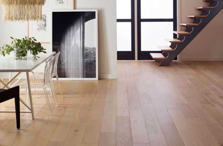Shaw Couture Oak Engineered Wood - Champagne