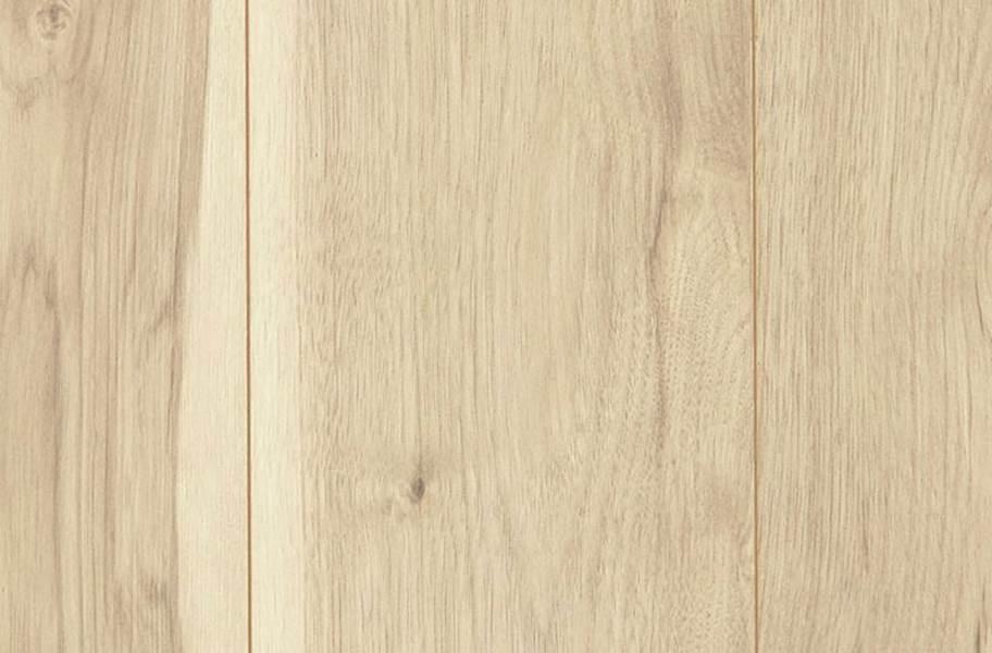 12mm Mohawk Fulford Waterproof Laminate - Natural Hickory