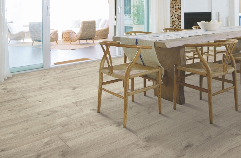 12mm Mohawk Briarfield Waterproof Laminate  - Artifact Oak
