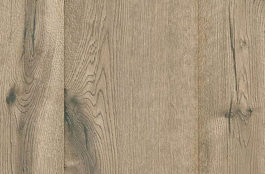 10mm Mohawk Castlebriar Waterproof Laminate - Trinket Oak