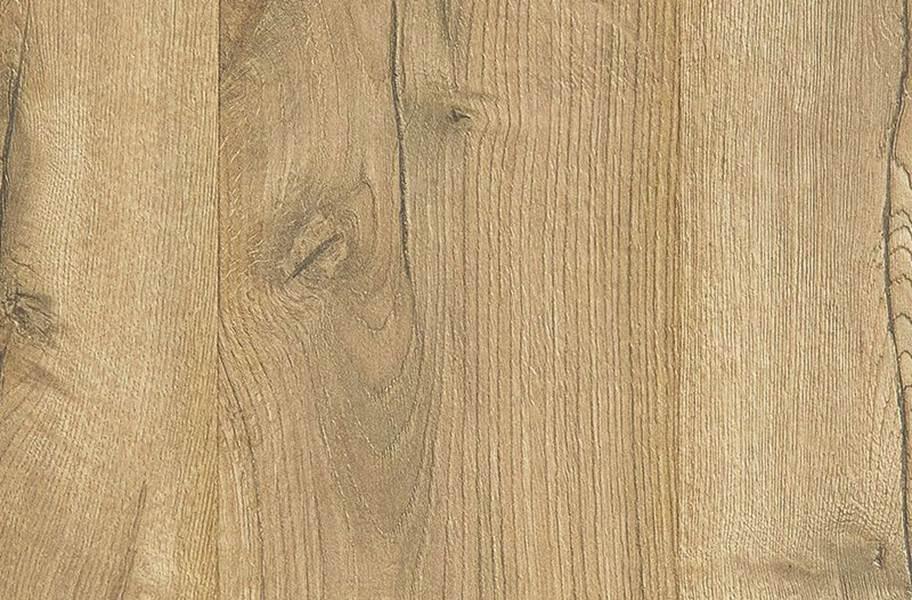 10mm Mohawk Castlebriar Waterproof Laminate - Lunar Oak