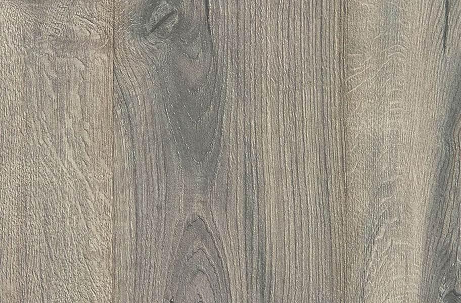 10mm Mohawk Castlebriar Waterproof Laminate - Sand Pearl Oak