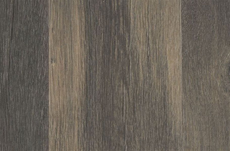 12mm Mohawk Crest Haven Waterproof Laminate - Briarwood Oak