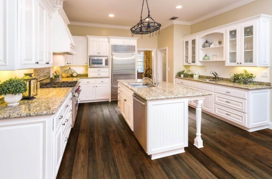Vineyard Hickory Engineered Hardwood - Chennin Blanc