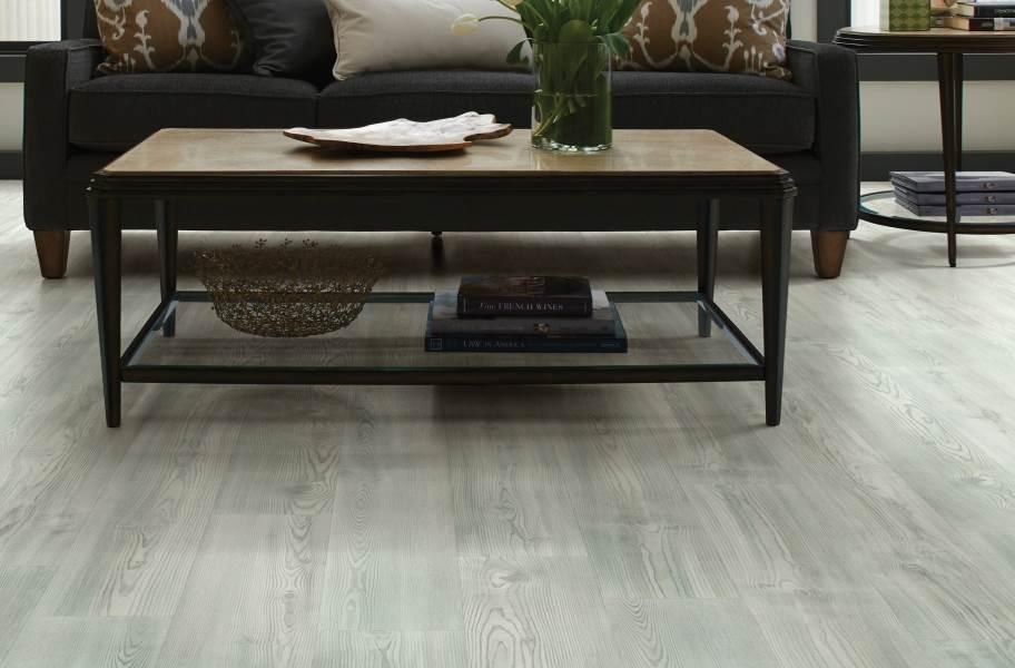 Shaw Anvil Plus 20 Rigid Core Vinyl Planks - Clean Pine