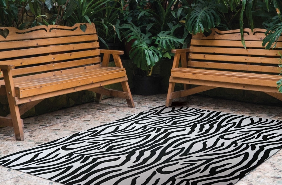 Zebra Indoor Outdoor Rug