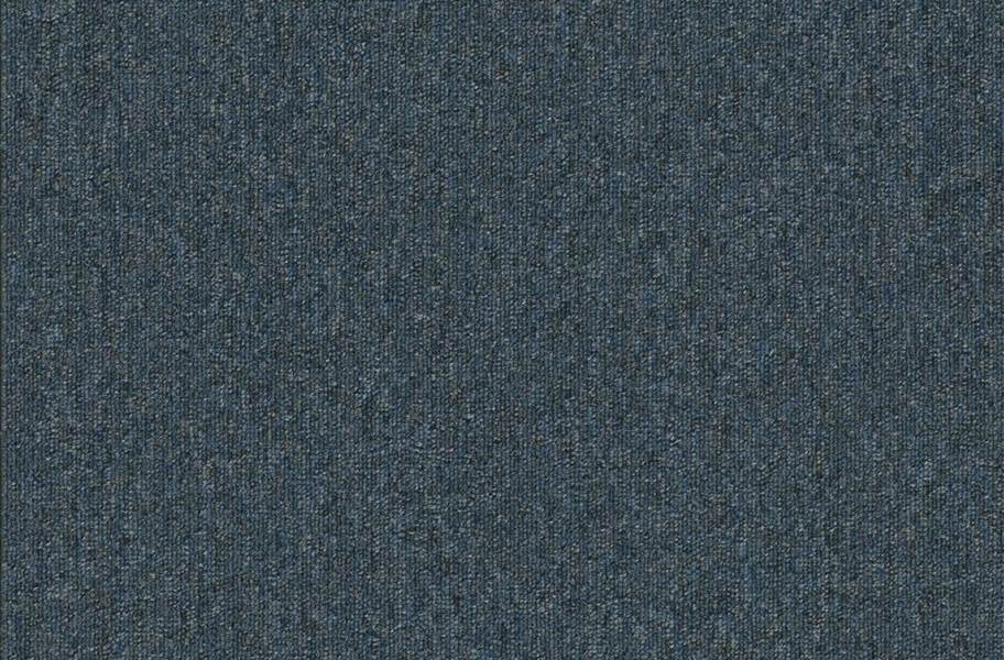 Pentz Uplink Carpet - Steel
