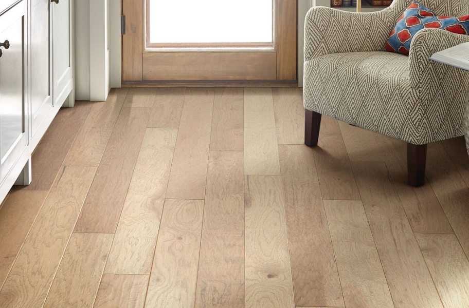 Shaw Riverstone Hickory Engineered Wood - Sunkissed