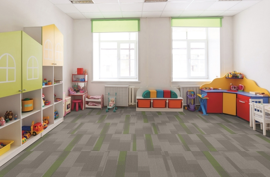 Pentz Amplify Carpet Tiles - Parrot