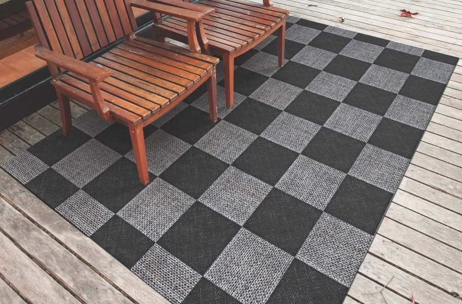 Checkered Indoor Outdoor Area Rug - Black and Gray