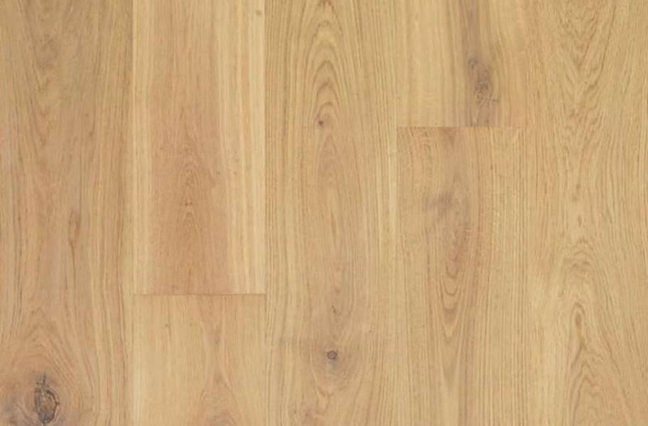 Mohawk Luxora White Oak Engineered Hardwood  - Natural Oak