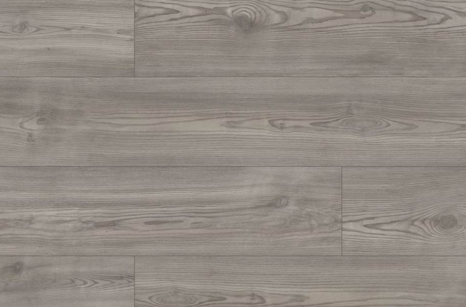 "Shaw Paladin Plus 7"" Rigid Core Vinyl Planks - Fresh Pine"