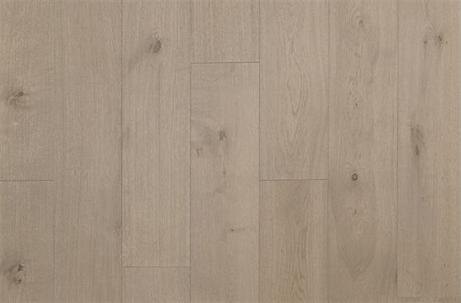 Mohawk Ultrawood Gingham Oaks Engineered Hardwood - Ember Oak