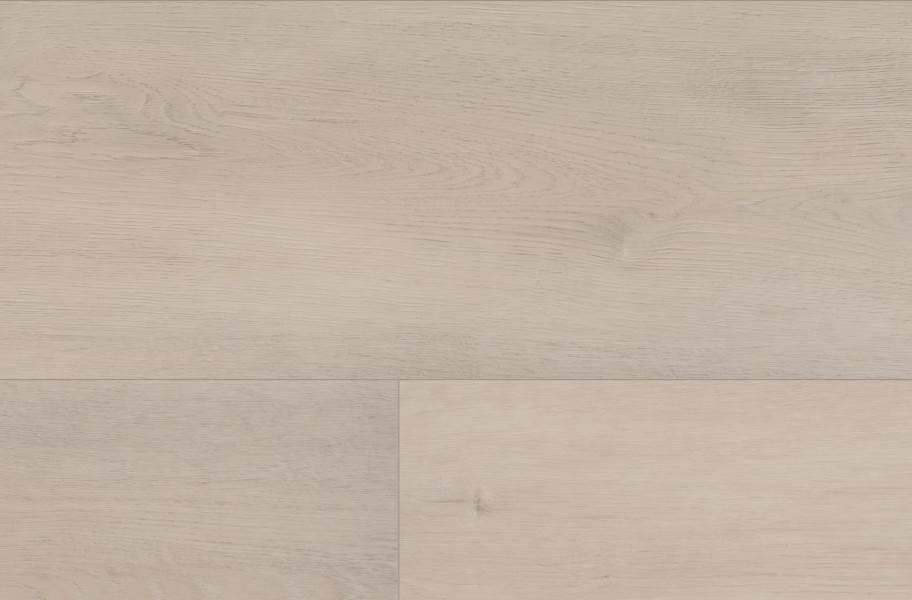 COREtec Grande Waterproof Vinyl Planks - Empire Oak