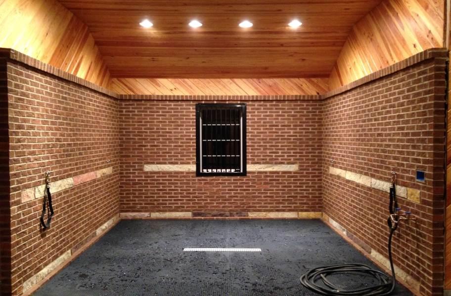 "1/2"" Button Top Stall Mat Kits - 12' x 12' Kit"