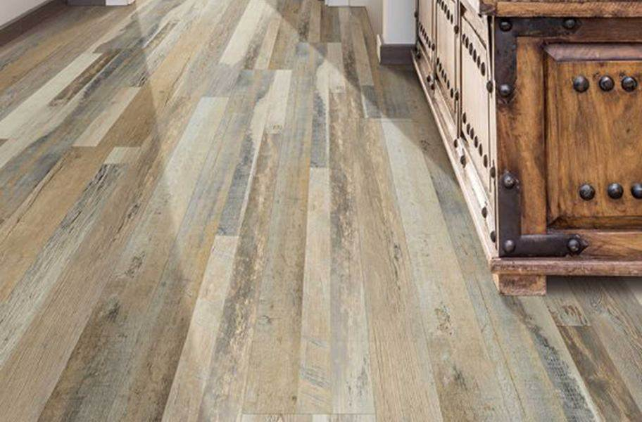 "COREtec Plus 7"" Waterproof Vinyl Planks - Broad Spar Oak"