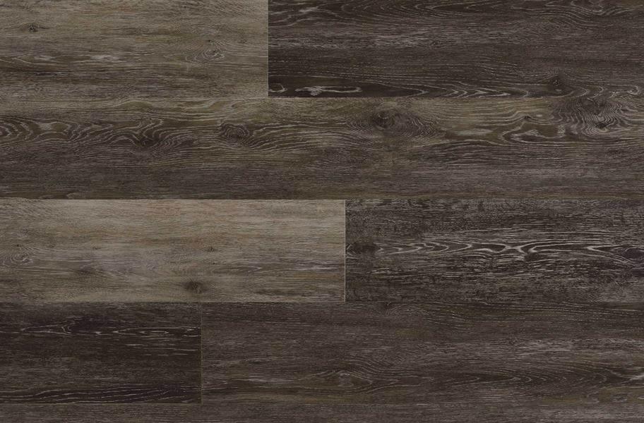 """COREtec Plus 7"""" Waterproof Vinyl Planks - Kingswood Oak"""