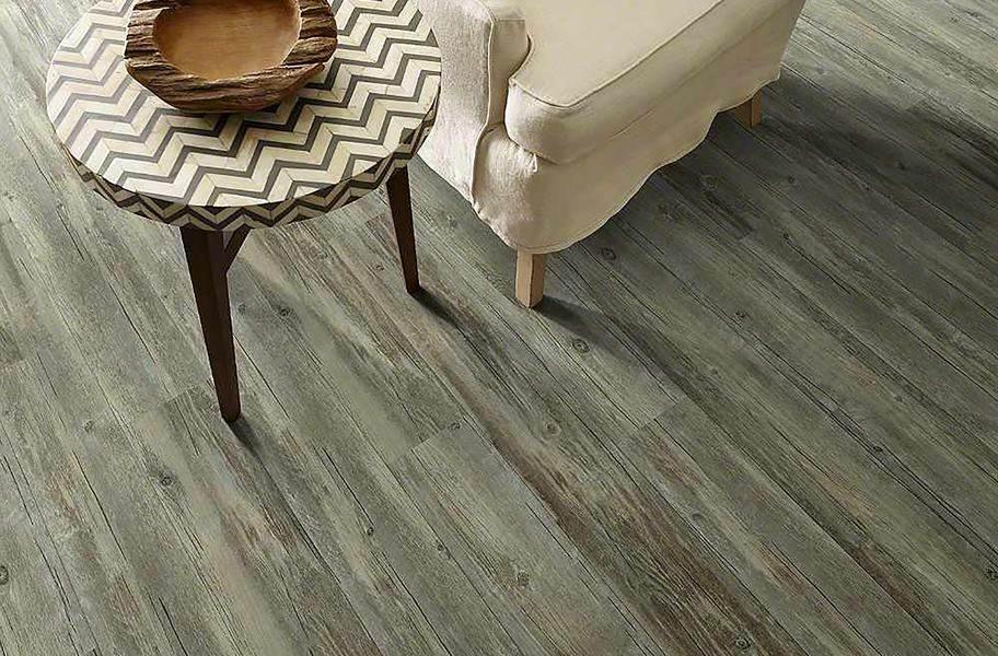 Shaw Floorte Valore Waterproof Vinyl Plank - Parma