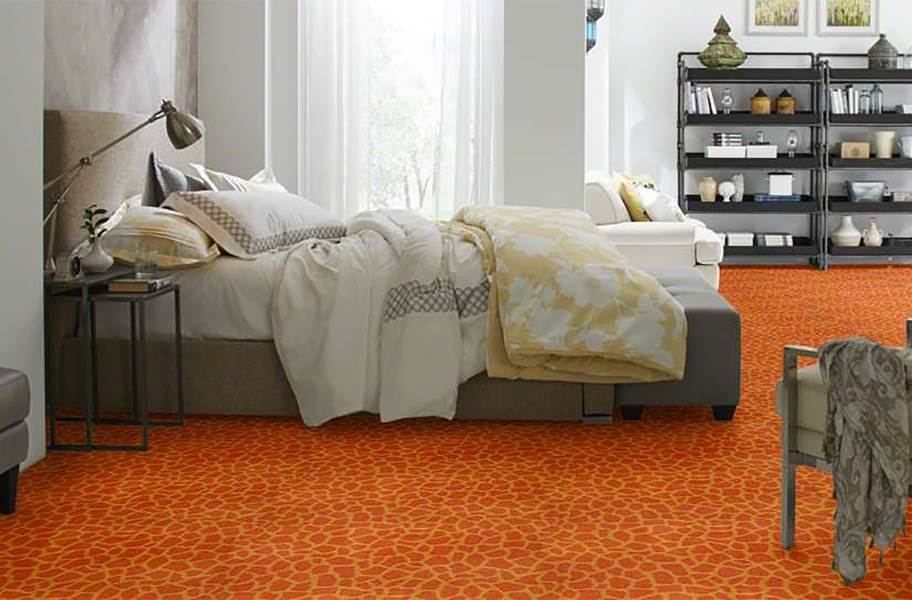 Shaw Giraffe Carpet - On Stilts