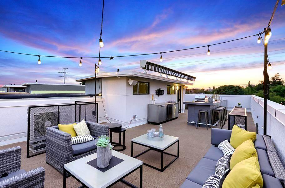 Interlocking Deck Top Roof Tiles
